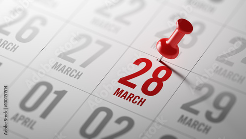 Fotografia  March 28 written on a calendar to remind you an important appoin