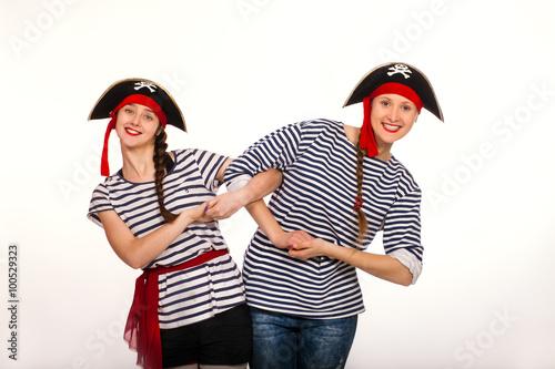 Fotografía  Cheerful animators dressed as pirates