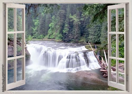 Otwórz okno widoku do Lower Lewis Falls, Waszyngton