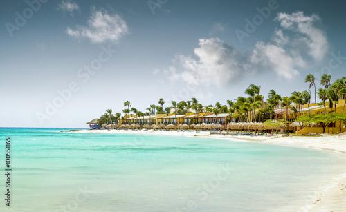 Türaufkleber Tropical strand Eagle Beach on Aruba island
