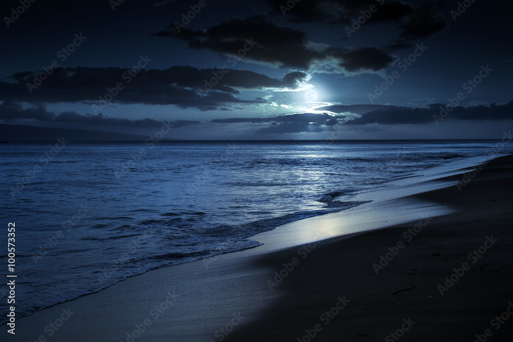 Fotografie, Obraz This photo illustration depicts a quiet and romantic moonlit beach in Maui Hawaii