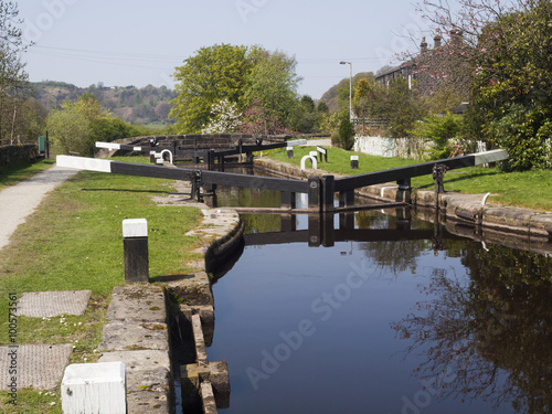 Keuken foto achterwand Lock on the Rochdale canal near Walsden, West Yorkshire, not far from the border with Lancashire