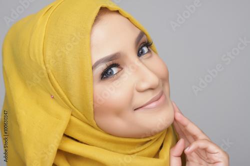 оренбургской женщины-мусульманки области.контакты и ислам-знакомства.девушки