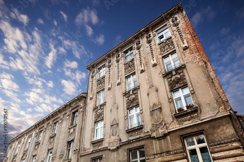 Papiers peints Les vieux bâtiments abandonnés architecture of Zagreb. Croatia.
