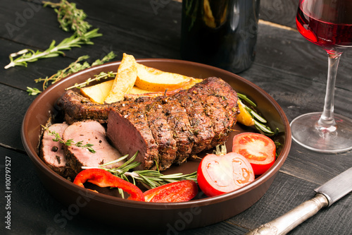 Fotografia, Obraz  Grilled beef on a cutting board