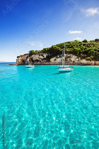 Poster Tropical plage Sailboats in a beautiful bay, Greece