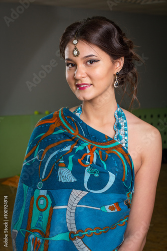 Photo Girl's portrait in the Indian dress