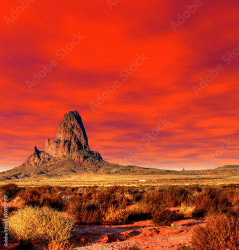 Foto op Aluminium Rood Sunset Skies Monument Valley