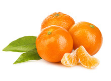 Ripe Mandarines With Leaves Cl...