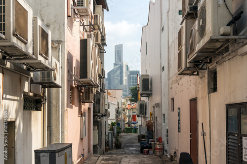 Photo  Side street of Tanjong Pagar historic  district in Singapore