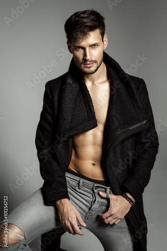 Cuadros en Lienzo Portrait of handsome male model