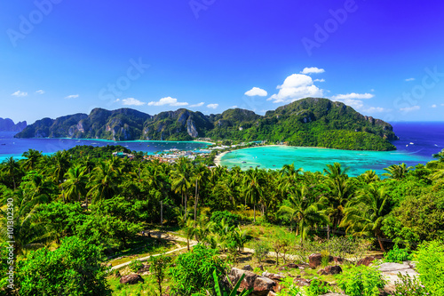 Photo  Thailand, Krabi. Koh Phi Phi island.