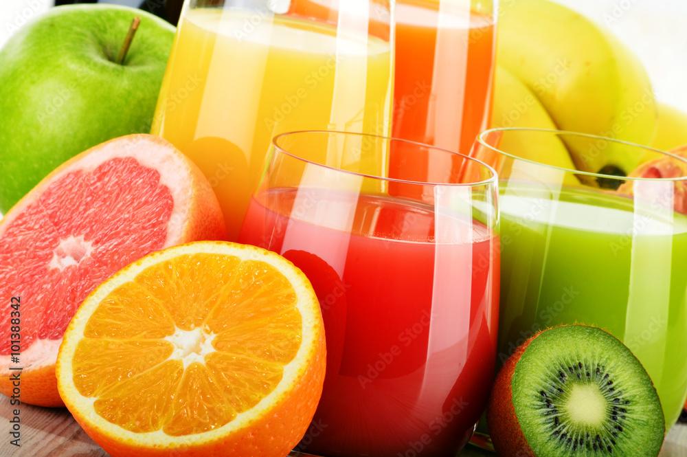 Fototapeta Glasses of assorted fruit juice. Detox diet