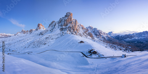 Winter landscape of Passo Giau, Dolomites, Italy Tablou Canvas
