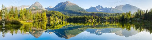 Poster Mountains High resolution panorama of the lake in Strbske Pleso,High Tatras,Slovakia