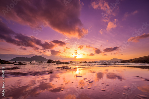 Foto op Plexiglas Crimson Low tide sunrise from Rawai south Phuket Thailand