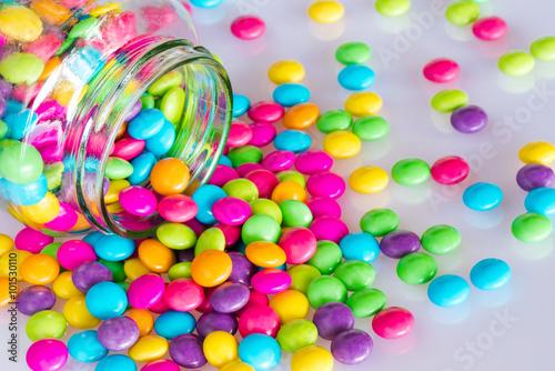 fototapeta na lodówkę Colorful chocolate candy