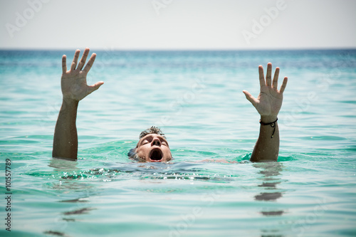 Drowning Man Fototapeta