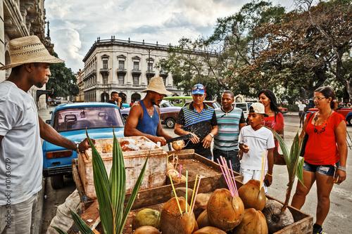 Fotomural Cuba, La Habana, Coconut Sellers near Parque Central