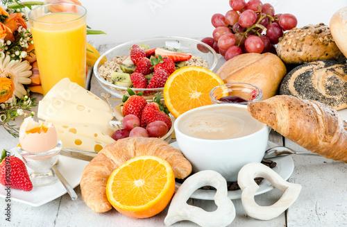 Fotografía  Buenos días:, delicioso desayuno saludable para disfrutar :)