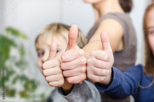 Photo  Mutter mit Kindern