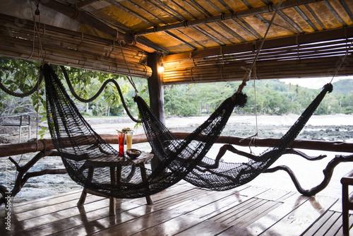 Veranda Terraza Con Hamaca En Bungalow O Casa Tradicional