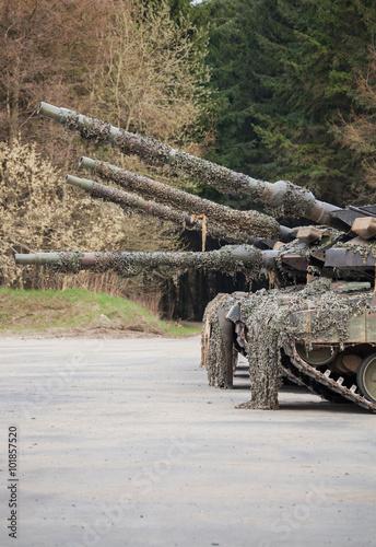 Kampfpanzer Rohre Canvas