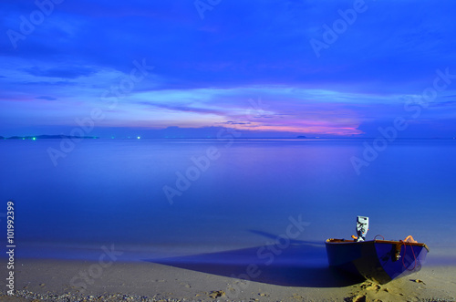 In de dag Donkerblauw seascape scenic sunset of Thailand