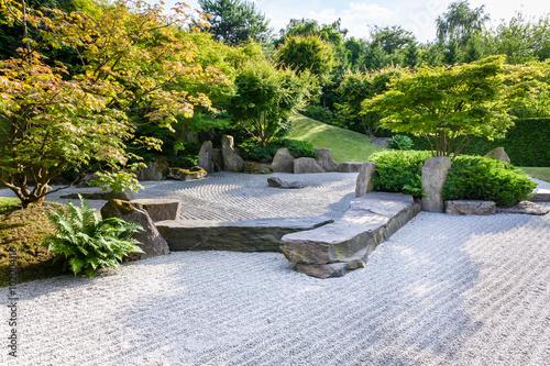 Photo sur Plexiglas Zen pierres a sable Giardini del mondo, Giardino Orientale, Berlino