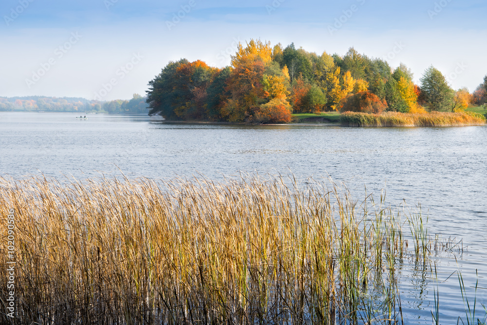 Fototapety, obrazy: Lake Elk in autumn. Masuria, Elk, Poland.