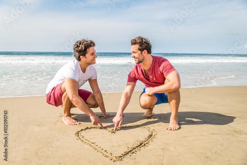 Fotografie, Obraz  Homosexuální pár na pláži