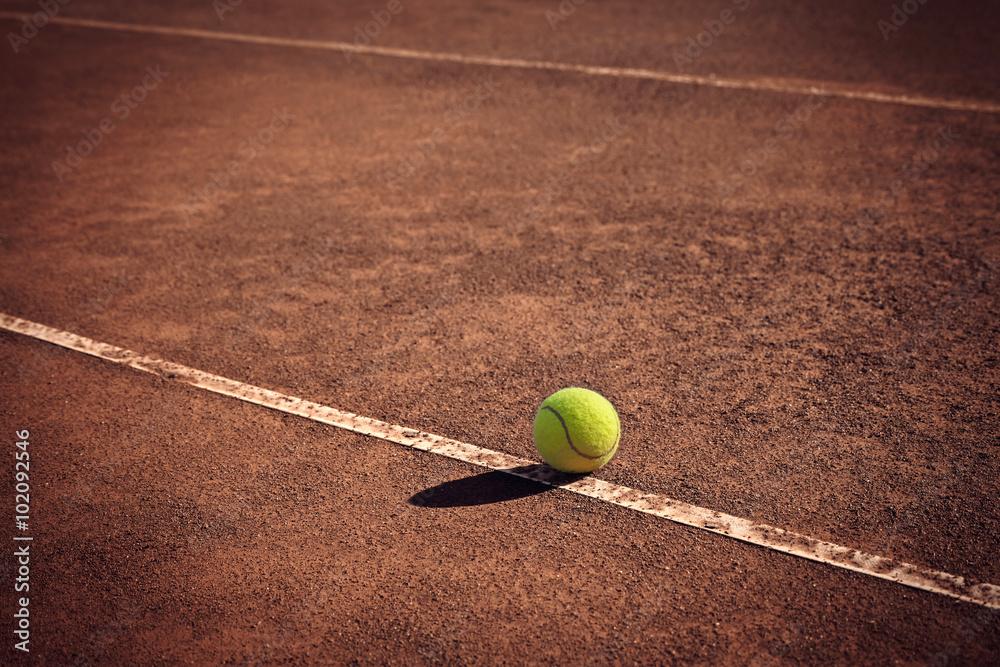 Fotografie, Obraz  Tenisový míček na čáru
