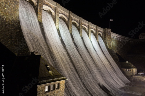 Poster Barrage diemelsee lake dam germany at night