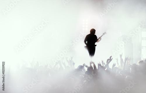 Valokuva  guitarist at rock concert