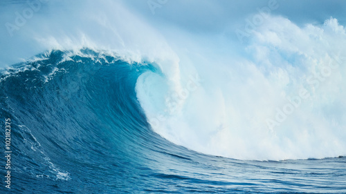 Stickers pour porte Eau Powerful Ocean Wave