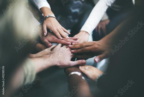 Fotografía  Teamwork Join Hands Support Together Concept