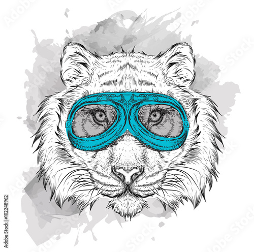 Photo sur Toile Croquis dessinés à la main des animaux Portrait of a tiger in motorcycle glasses. Vector illustration
