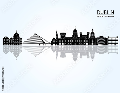 Photo  Dublin skyline detailed silhouette. Vector illustration