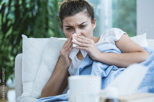 Photo  Sick woman with runny nose