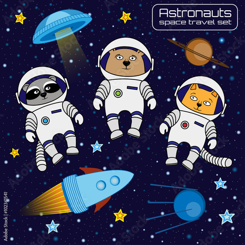 Photo  Set of cat, bear and raccoon astronauts cosmonauts