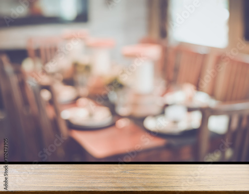 Keuken foto achterwand New York Blurred Dining Room Table with Retro Instagram Style Filter