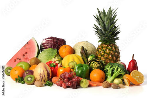Keuken foto achterwand Vruchten Fruits and Vegetables on White