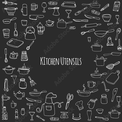 Fotografía  Hand drawn doodle Kitchen utensils set Vector illustration Sketchy kitchen ware