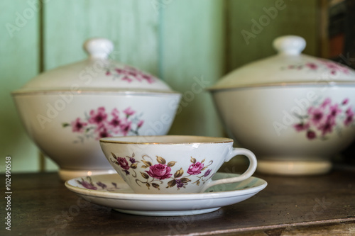 Fotografie, Obraz  Antique crockery