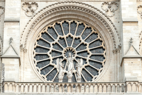 Fotografia  The exterior of the Western Rose window of Notre-Dame de Paris Cathedral
