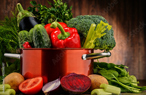 Fototapety, obrazy: Composition with pot and raw vegetables