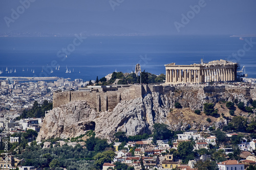 Foto op Plexiglas Athene Athens Greece, acropolis and saronic gulf with some sailboats