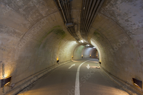 Tuinposter Tunnel Interior of an urban tunnel at mountain without traffic..