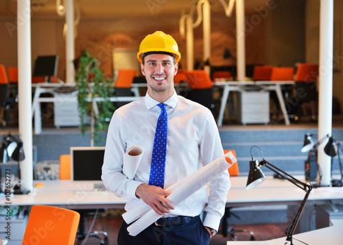 Fototapety, obrazy: happy young business man portrait in bright modern office indoor