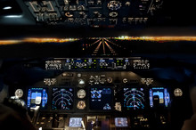 Final Approach At Night - Land...